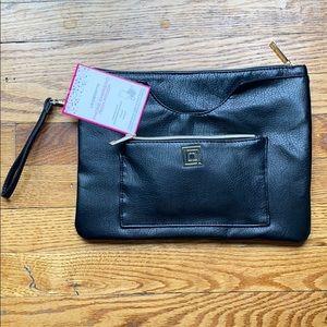 Liz Claiborne phone charging tech pouch black